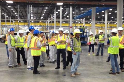 Image: 2019-09/9-september-ceo-visits-manufacturing-floor.jpg